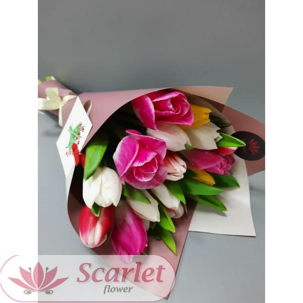 Букет 19 тюльпанов микс