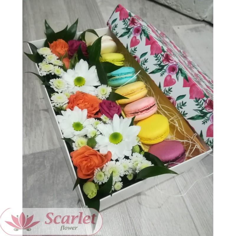 Коробка с Macarons